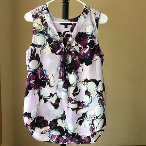 Banana Republic sleeveless blouse lavender plumb M